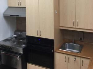 004 Kitchen
