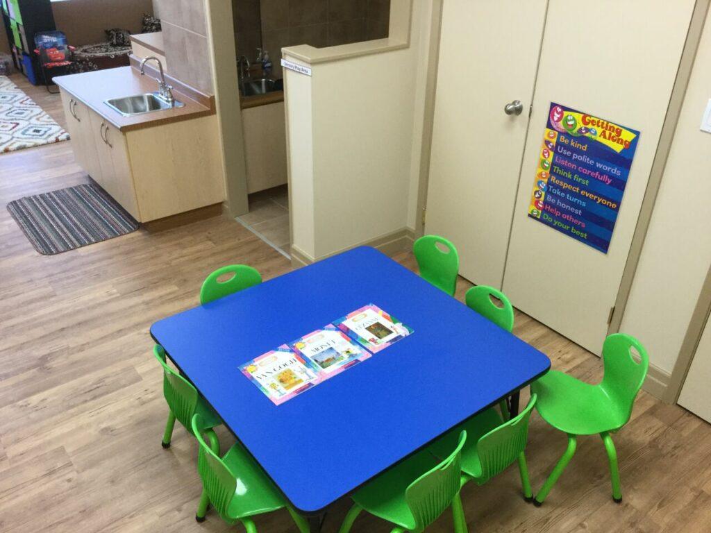 037 Brown Room Kindergarten